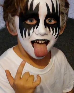 Gene Simmons Kiss Face Painter Tampa FL Festival Fair Carnival Face Painter Florida